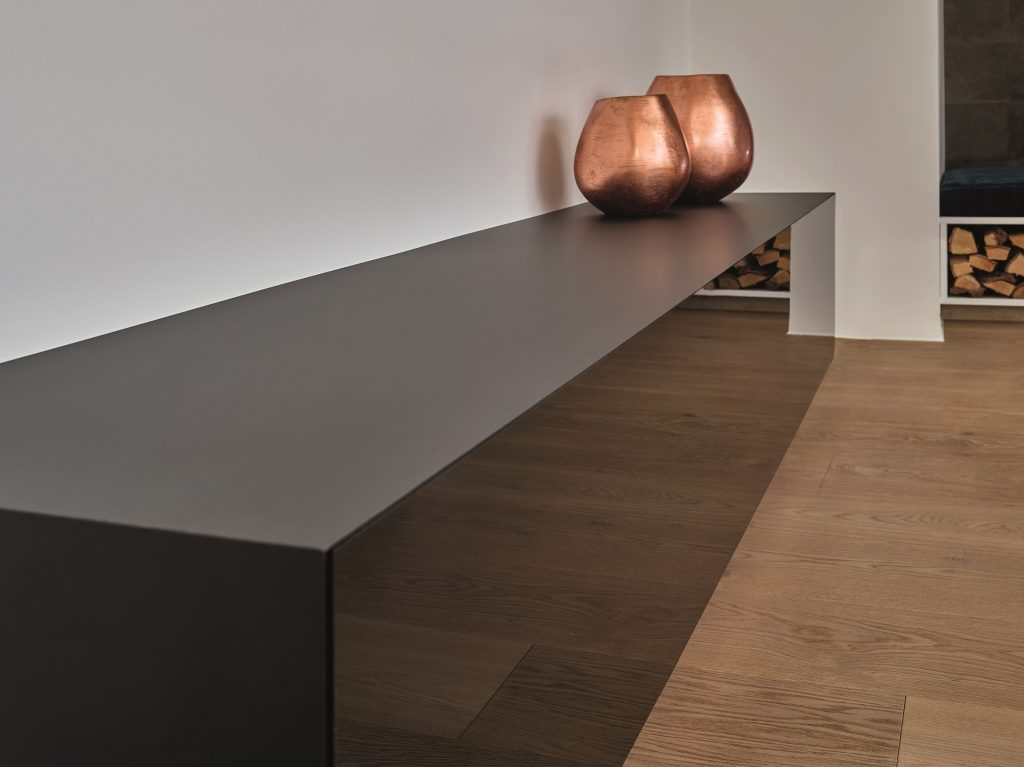 Sideboard featuring PerfectSense Matt and Gloss U999 PM/ST2 / U999 PG/ST2